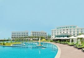 The Sailing Bay Beach Resort – Thiên đường biển xanh, cát trắng.